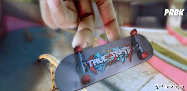 """Faça manobras e controle o skate com os dedos em """"True Skate"""""""