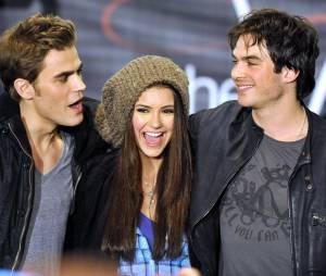 """Paul Wesley, Nina Dobrev e Ian Somerhalder são o trio protagonista de """"The Vampire Diaries"""""""