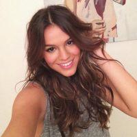 Bruna Marquezine resolve dar uma força a uma amiga cantora nas redes sociais!