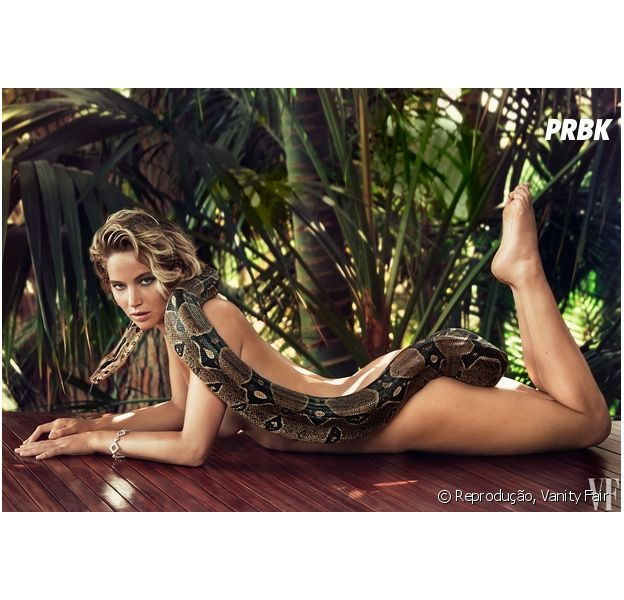 Jennifer Lawrence nua, com uma cobra, para a Vanity Fair