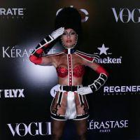 Sabrina Sato ousada no Baile da Vogue 2015! Veja a fantasia de Valesca Popozuda, Angélica e outras