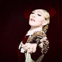 """Madonna libera clipe explosivo para o hit """"Living For Love"""" no VEVO!"""