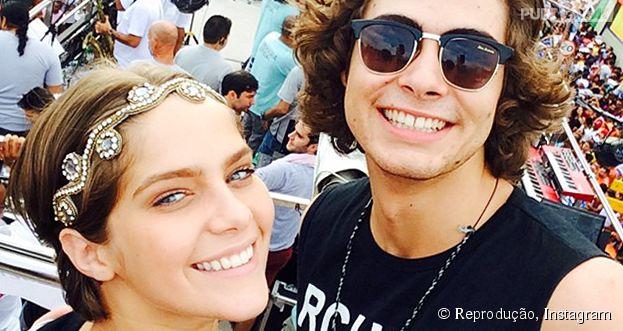 """De """"Malhação"""": Isabella Santoni (Karina) e Rafael Vitti (Pedro) estão namorando? Ator dá beijo gay em Cadu Libonati (Jeff) no Instagram"""