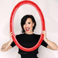 """Demi Lovato de volta aos cinemas? Cantora vai produzir trilha sonora e dublar a animação """"Charming"""""""
