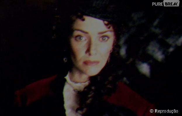 "Em ""The Vampire Diaries"", Lily (Annie Wersching), a mãe de Stefan (Paul Wesley) Damon (Ian Somerhalder), apareceu!"