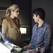 """Em """"Arrow"""": Na 3ª temporada, Felicity esquece Oliver (Stephen Amell) e passa a noite com Ray Palmer!"""