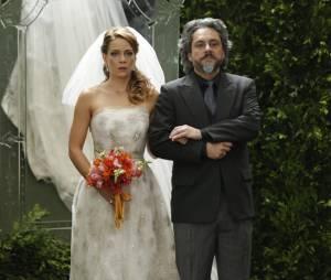 """Em """"Império"""", José Alfredo (Alexandre Nero) leva Cristina (Leandra Leal) para o altar"""