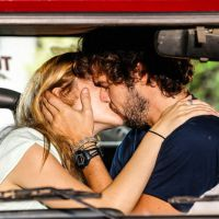 """Novela """"Sete Vidas"""": Júlia (Isabelle Drummond) e Pedro se declaram e rola o 1º beijo do casal!"""