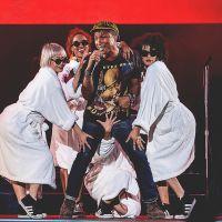 Lollapalooza 2015: Pharrell Williams, Calvin Harris e Smashing Pumpkins agitam o 2º dia do festival!