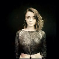 "Maisie Williams, de ""Game of Thrones"", vai participar da próxima temporada de ""Doctor Who""!"