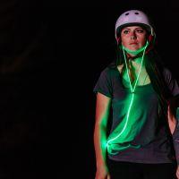 Fones com LED: gadget cheio de estilo também dá mais segurança para quem pratica esportes à noite