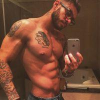 Lucas Lucco malha sem camisa durante a madrugada e registra o momento no Instagram!