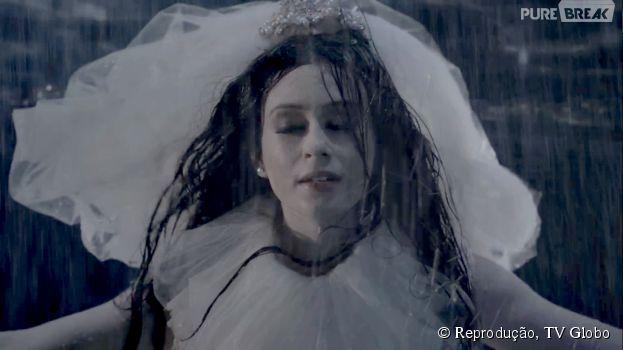 "Marina Ruy Barbosa se caracteriza de noiva-cadáver para ""Amorteamo"", sua nova série na Globo"