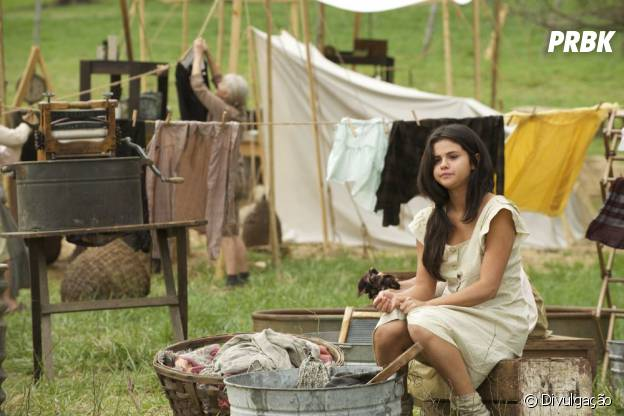"Selena Gomez aparece como simples camponesa no filme ""In Dubious Battle"""