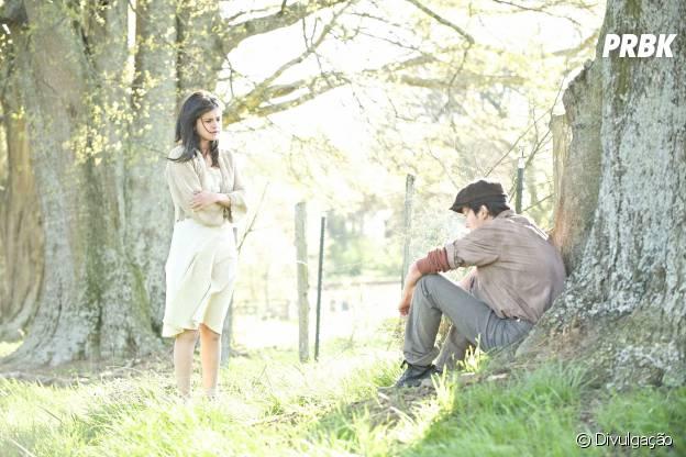 """Em """"In Dubious Battle"""", Selena Gomez é uma camponesa nas primeiras fotos oficiais do filme!"""