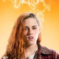 """Kristen Stewart e Jesse Eisenberg fumam maconha nos primeiros cartazes do filme """"American Ultra"""""""