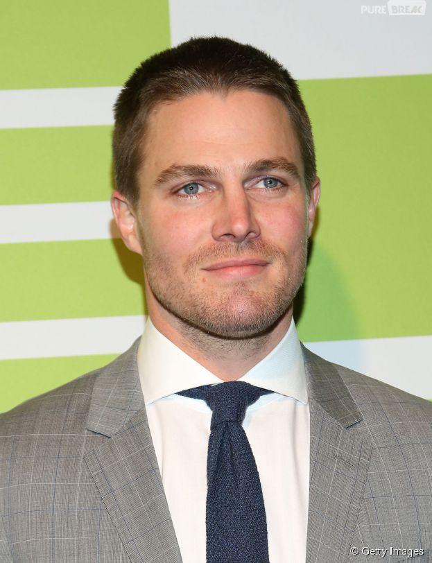 """Stephen Amell, o Oliver, falou sobre a quarta temporada de """"Arrow"""""""