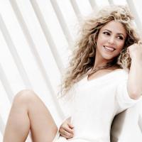 Rihanna e Shakira juntas? Cantoras farão dueto em novo CD da colombiana
