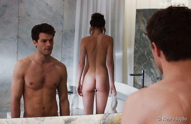 """Em """"Cinquenta Tons de Cinza"""", Jamie Dornan e Dakota Johnson não economizam nas nudes"""