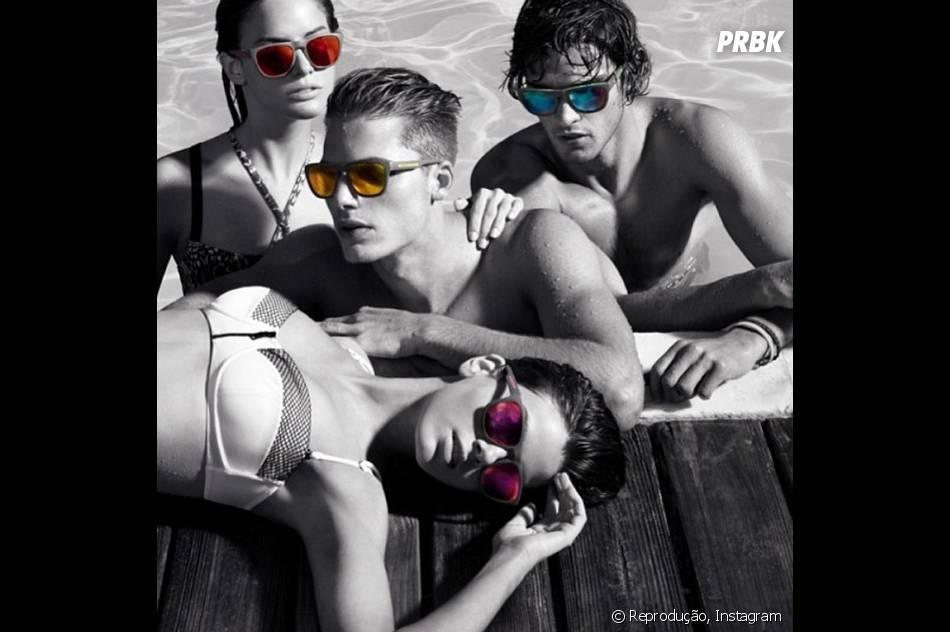 Camila Queiroz em um dos seus trabalhos como modelo, super provocante