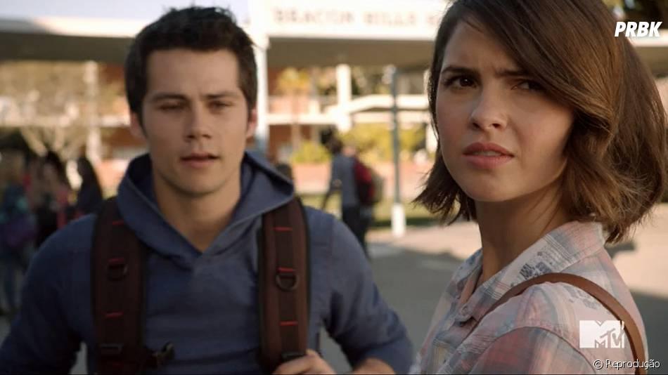 "Stiles (Dylan O'Brien) confessa para Malia (Shelley Hennig) suas suspeitas sobre Theo (Cody Christian) em ""Teen Wolf"""