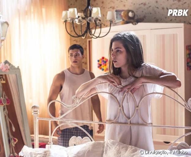 """Bianca (Bruna Hamú) não vai entender porque tem família com João (Guilherme Hamacek) e Duca (Arthur Aguiar) em """"Malhação"""""""