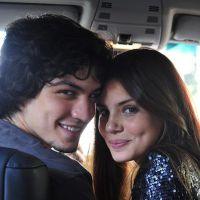 """Novela """"Verdades Secretas"""": Angel (Camila Queiroz) aceita namorar com Gui após proposta tentadora!"""
