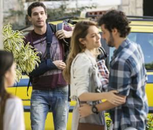 "Em ""Sete Vidas"", Júlia (Isabelle Drummond) e Felipe (Michel Noher) terminaram por causa de Pedro (Jayme Matarazzo)"