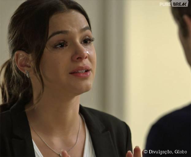 """Mari (Bruna Marquezine) termina de vez com Benjamin (Maurício Destri) em """"I Love Paraisópolis"""""""