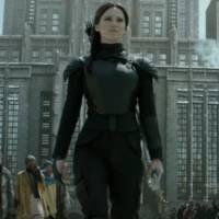 """De """"Jogos Vorazes: A Esperança - Parte 2"""": filme ganha teaser e data de lançamento do 1º trailer!"""