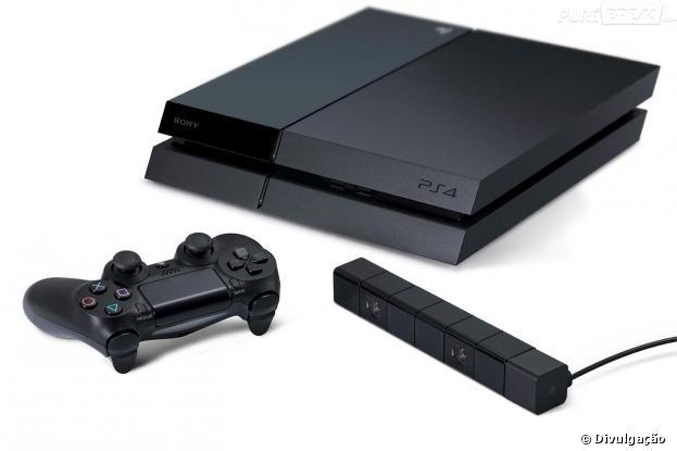 Playstation 4 traz design black piano