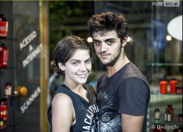 """Em """"Malhação"""", Karina (Isabella Santoni) e Cobra (Felipe Simas) são melhores amigos!"""