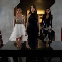 """De """"Pretty Little Liars"""": criadora da série conta detalhes do final e explica rejeição do público!"""