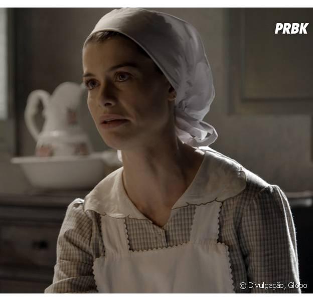 """Lívia (Alinne Moraes) fala mal de Vitória (Irene Ravache) em """"Além do Tempo"""""""
