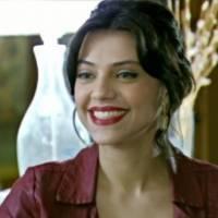 """Letícia Persiles, de """"Além do Tempo"""", fala sobre cuidados com a beleza e não se diz vaidosa!"""