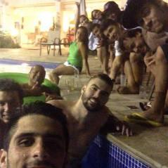 Sem Bruna Marquezine, Neymar faz festa com os amigos na madrugada pós-Natal
