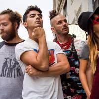 """Joe Jonas e sua nova banda DNCE: confira o hit de estreia """"Cake By The Ocean"""""""
