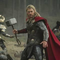 """De """"Os Vingadores"""": martelo do Thor é recriado por fã e somente ele consegue levantar!"""