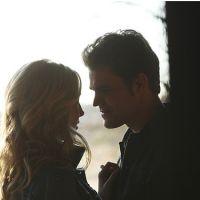 """Em """"The Vampire Diaries"""": na 7ª temporada, Caroline e Stefan enfrentam problemas no namoro?"""