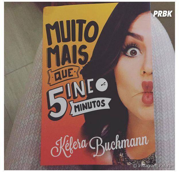"""Kéfera, autora do livro """"Muito Mais que 5inco Minutos"""", conta que se surpreendeu com o sucesso do projeto"""