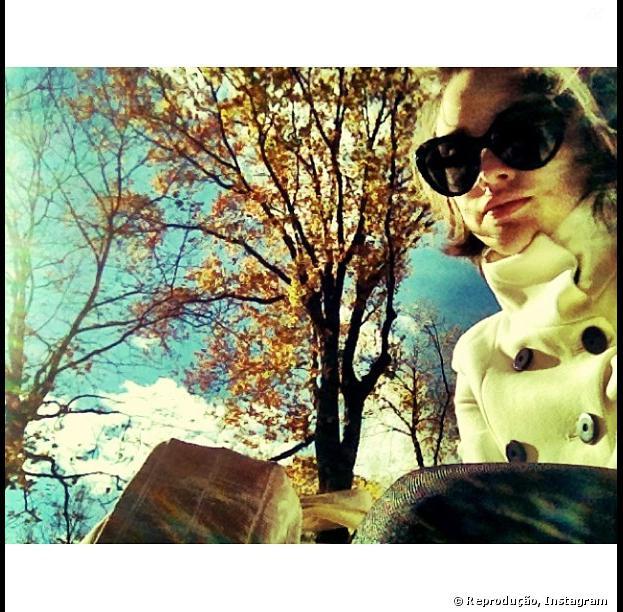 """O próximo trabalho de Isabelle Drummond na Globo já está garantido! Na novela """"Geração Brasil"""", a atriz vai viver um triângulo amoroso com Humberto Carrão e Chandelly Braz"""