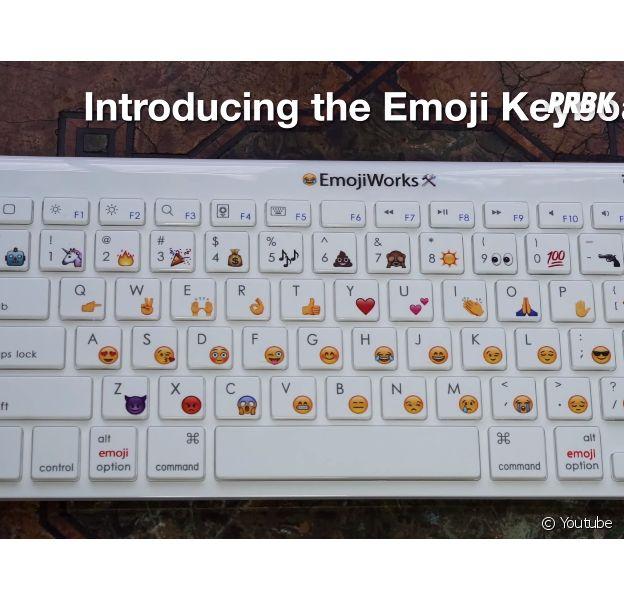 O Emoji Keyboard é o primeiroteclado de emoji físico do mundo!