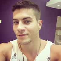 """Arthur Aguiar, de """"Êta Mundo Bom"""", fala sobre namoro com Camila Mayrink e romantismo!"""