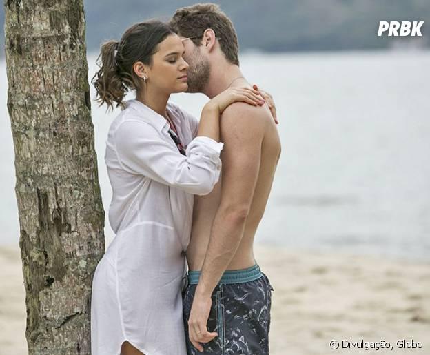 """Em """"I Love Paraisópolis"""", Mari (Bruna Marquezine) e Ben (Maurício Destri) tiveram lua-de-mel romântica"""