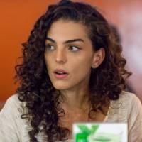"""Novela """"Malhação"""": Ciça (Julia Konrad) descobre sobre beijo de Luciana e Rodrigo e surta!"""