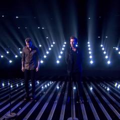 """One Direction volta ao """"The X Factor UK"""" e canta """"Perfect"""" no palco do reality musical"""
