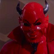 """Em """"Scream Queens"""": na 1ª temporada, Red Devil tem sua identidade revelada! Descubra quem é!"""