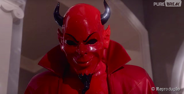 "Em ""Scream Queens"", identidade do Red Devil é revelada!"