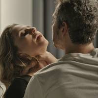 """Novela """"A Regra do Jogo"""": Romero (Alexandre Nero) tenta matar Atena após revelação!"""