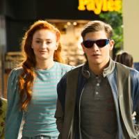 """De """"X-Men: Apocalipse"""": Sophie Turner comenta romance entre Jean Grey e Ciclope (Tye Sheridan)"""